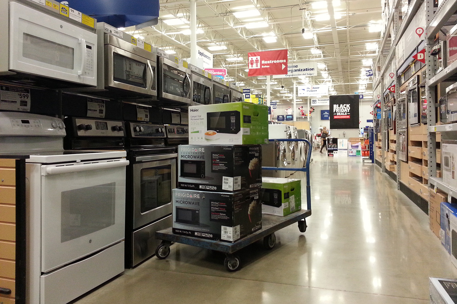 How to Score Big Discounts from Any Electrical Shop in Toronto