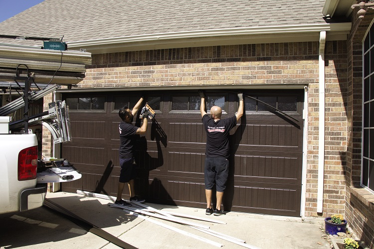 Common Garage Door Repair Problems and How to Fix Them | Encore HQ